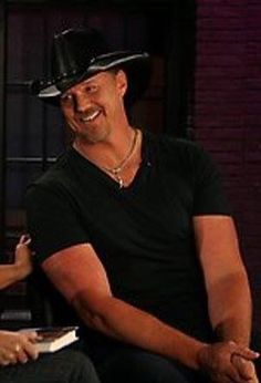 Trace Adkins On Pinterest Blake Shelton Grand Ole Opry And Country Boys