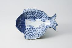 古染付双魚形向付 五客(中国・明時代・17世紀)高41mm 径189×139mm