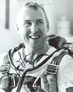 Gemini 9 Replacement backup crew Commander James A. Lovell
