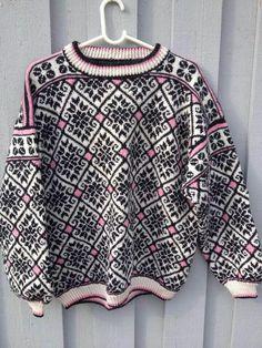 . Crochet Hooks, Knit Crochet, Norwegian Knitting, Knits, Scandinavian, Knitting Patterns, Boss, Winter, Sweaters
