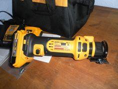 DIY  Tools Dewalt 20v Cut Out Tool