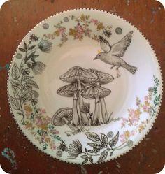 prato de porcelana pintado a mão
