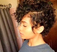 looking for some new Hairstyles For Short Curly Hair? Go through this article here are some tips on hairstyles for short curly hair on the basis of your face and hair type. But it is not true that you cannot style it as per as your wish. Curly Hair Cuts, Short Hair Cuts, Curly Hair Styles, Natural Hair Styles, Frizzy Hair, Curly Short, Short Pixie, Kinky Hair, Curly Hair Mohawk