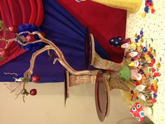 Snow White party cupcake and candy table. I love the branches turned serving base. This would work for a fairy, woodland animals, Robin Hood, Where the Wild Things Are, jungle themes & more.