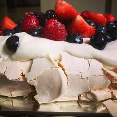 Pavlova Recipe, Food Now, Stew, Cheesecake, About Me Blog, Mom, Link, Happy, Desserts