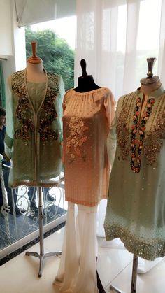 Asifa&Nabeel Couture Pakistan Pakistani Formal Dresses, Pakistani Party Wear, Pakistani Bridal, Pakistani Outfits, Indian Outfits, Simple Dresses, Casual Dresses, Fashion Dresses, Red Lehenga
