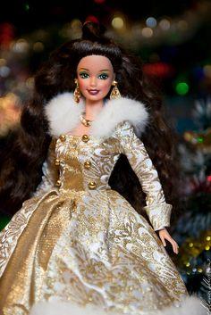 Barbie Model, Barbie Dolls, Doll Fancy Dress, Princess And The Pauper, Winter Princess, Christmas Barbie, Barbie Family, Barbie Birthday, Doll Wardrobe