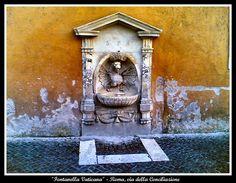 Fontanella Vaticana Via della Conciliazione - Roma
