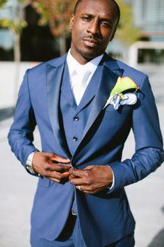 Love the blue suit on this groom very creative…..photographer: samantha clark photography
