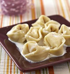 Ricotta ham ravioli - Ôdélices cooking recipes - Ricotta ham ravioli, Ôdélices recipe: find the ingredients, the preparation, similar recipes and - Easy Cooking, Cooking Recipes, Cooking Ham, Pasta Salad For Kids, Easy Cheese, Pasta Maker, Carne Picada, Easy Pasta Recipes, Healthy Eating Recipes