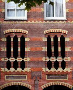Corobrik Face brick arches, it's all in the curve Building Facade, Building Exterior, Brick Images, Amsterdam, Brick Art, Brick Detail, Brick Architecture, Brick Design, Interesting Buildings