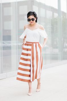 How to wear striped culottes and style them to make it workwear appropriate with different striped culottes options  // spring fashion, spring style, cold shoulder top, wide leg pants