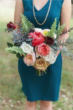 Organic and natural bridesmaid bouquet #bridesmaidbouquet #modernwedding