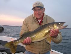 30 inch walleye caught this fall. #fishing #explorealex