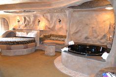 Cyrstal Cave at the Best Western Designer Suites, Galena, IL