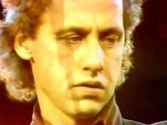 Dire Straits & Eric Clapton - Brothers in arms live ( best solo ever )