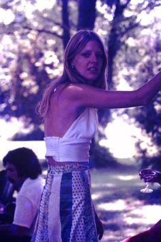 Hippie Life Looking Back On American Youths Lifestyle In The 1970s 1970s Hippie Hippie