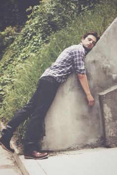 Sebastian Stan. This makes me laugh. He's like, I love this wall. This wall is da best.