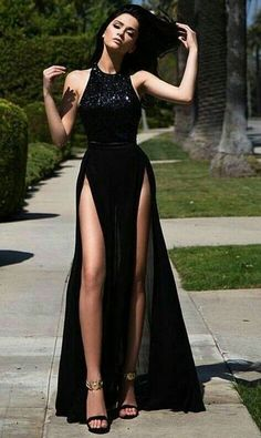 Looks that is so nice looking and eye touching also.-Looks that is so nice looking and eye touching also. Looks that is so nice looking and eye touching also. Looks that is so nice looking and eye touching also. Pretty Dresses, Sexy Dresses, Beautiful Dresses, Fashion Dresses, Formal Dresses, Elegant Dresses Classy, Classy Dress, Prom Outfits, Grad Dresses