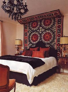 The bed defines the bedroom and the headboard defines the bed. So if you're looking for unusual headboard ideas for your room you've reached the right place Bohemian Bedrooms, Bohemian Interior, Ethnic Bedroom, Bohemian Room, Bohemian Tapestry, Girl Bedrooms, Small Bedrooms, Guest Bedrooms, Bohemian Decor