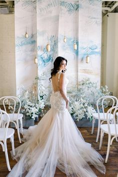 We're getting a rush from these images from Styled Social Dallas where tranquil blue hues set the stage for some pretty ethereal wedding inspiration. Wedding Designs, Wedding Styles, Wedding Photos, Bridal Gowns, Wedding Gowns, Wedding Ceremony, Loft Wedding, Wedding Blue, Nature Inspired Wedding