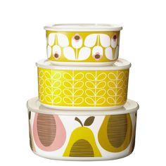 Orla Kiely: Set of 3 storage bowls in Giant Wallflower print, each with lids. Available in two colourways. Perfect for sunny days in the garden or picnics further afield! Dishwasher safe.