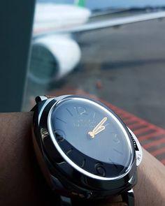 Boarding now  #wristwatch #dailywatch #watchaddict #watchgeek #watchporn #wotd…