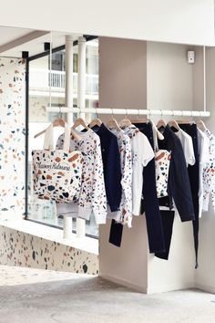 Maison Kitsune Filles Du Calvaire, Collaboration x Max Lamb + Dzek. Terrazzo, Retail Signage, Milan Furniture, Miss Moss, Shop Window Displays, Retail Space, Trends, Retail Design, Visual Merchandising