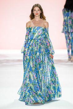 Fashion Week, Fashion 2020, Runway Fashion, Boho Fashion, Fashion Looks, Fashion Outfits, Fashion Trends, Floral Gown, Feminine Dress