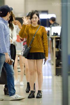 AOA ChanMi @ Airport