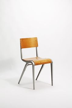 1000 images about chairs on pinterest egon eiermann charles ray eames and marcel breuer. Black Bedroom Furniture Sets. Home Design Ideas