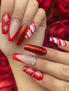 In this post, we will offer you some of the best red nail polish you can use for your Christmas acrylic nails. Chistmas Nails, Christmas Nails 2019, Xmas Nails, Holiday Nails, Christmas Nail Art, Christmas Christmas, Christmas Makeup, Christmas Outfits, Christmas Costumes
