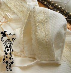 Anilegra moda para muñecas: Pelele y sonajero para bebé*