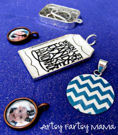 artsy-fartsy mama: DIY Necklaces FREE TUTORIAL! Make these and others not shown using glitter, printed designs, and MOD PODGE!