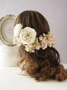 イングリッシュローズとアジサイのヘッドドレス  ウェルカムボードやリングピローなど、ブライダルグッズ joie de design WEDDING