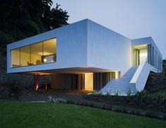 3,089 s.f. Minimal Residence in Ireland by ODOS Architects - Homaci.com