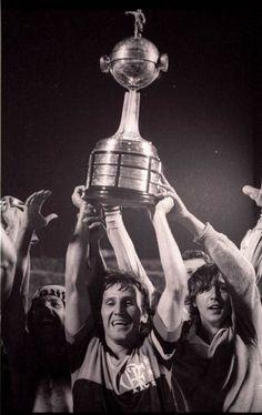 #Flamengo's #Zico with the #CopaLibertadores trophy at #EstadioCentenario #Montevideo (1981).  MT @FootballArchive