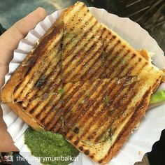 Via @thehungrymumbaikar -  Here's the Chilli Cheese Toast from Super Sandwich a street food stall outside National College on Linking Road. Tag someone you'd share this with!   Studying in Bandra next to National's I actually wanted to relive my college days and eat at Jay Sandwich. However it was shut and their stall was completely dismantled.  Are they closed for good? Or just college vacation time so they too decided to take a break? Please let me know your thoughts.  Add me on Snapchat…