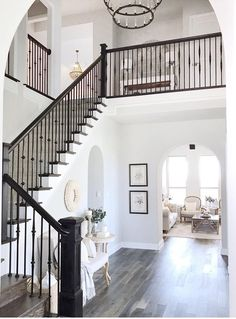Awesome Stairs Design Home. Now we talk about stairs design ideas for home. In a basic sense, there are stairs to connect the floors Light Grey Walls, Design Case, House Goals, Home Fashion, My Dream Home, Home Interior Design, Interior Designing, Interior Architecture, White House Interior