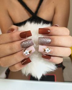 36 + Nail Art and Various Designs, 36 + Nail Art and Various Designs - 1 Nail Art Types Drawing shapes on the nail: Before doing this process, we should apply a solid color or matte . Fall Manicure, Manicure And Pedicure, Manicure Ideas, Nail Ideas, Cute Nails, Pretty Nails, Glitter Nails, Gel Nails, Bridal Nail Art