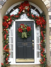 124 rustic christmas decorations that will make you amazed - page 38 ~ Modern House Design christmas decorations rustic porches Front Door Christmas Decorations, Christmas Front Doors, Christmas Porch, Noel Christmas, Rustic Christmas, Christmas Wreaths, Christmas Crafts, Advent Wreaths, Christmas Tables