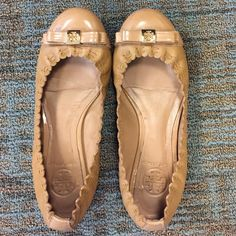 Tory Burch flats Super cute, slightly worn! Tory Burch Shoes Flats & Loafers