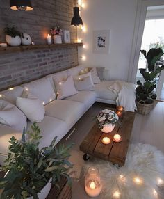 Here are some doable living room decor and interior design tips that will make your home cozy and comfortable for family and friends. Living Room Decor Cozy, Home Living Room, Apartment Living, Living Room Designs, Bedroom Decor, Dream Rooms, Cozy House, Home Interior Design, House Rooms