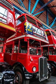 40 years since the legendary RT and RF buses left the streets of London London Icons, London Bus, London Life, Old London, London Street, Rt Bus, Vintage Cars, Antique Cars, East End London
