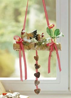 Arrangement in a clay pot with metal handles Fun Crafts, Diy And Crafts, Dried Flower Wreaths, Easter Table Settings, Branch Decor, Spring Home Decor, Diy Weihnachten, Woodworking Crafts, Pin Collection