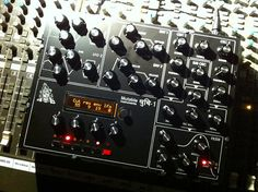 Mutable Instruments Shruthi XT by fcd72 - Live and Studio piece. #MutableInstruments