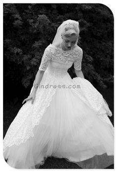 Vintage wedding dress Vintage wedding dresses. Yesssss.