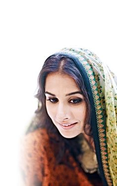Vidya Balan Vidya Balan Hot, Inspiring Women, Indian Attire, Indian Celebrities, Bollywood Stars, Beautiful Saree, India Beauty, Most Beautiful Women, Bollywood Actress