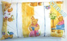 Coussin blanc et jaune avec oursons : Textiles et tapis par cebad-bretagne