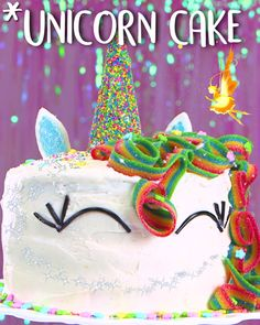 Unicorns are my spirit animals ✨ You can make this unicorn cake with Look-O-Look sour stripes!